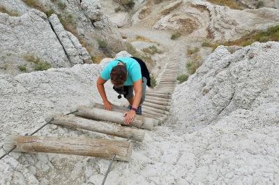 Ladder climb