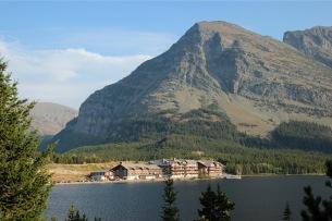 Many Glacier Lodge 4